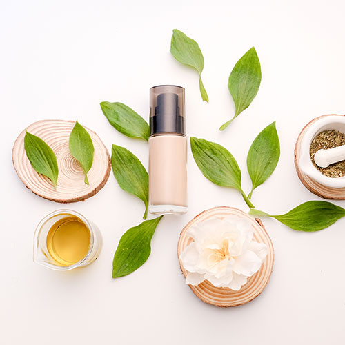 foundation and natural ingredients for makeup